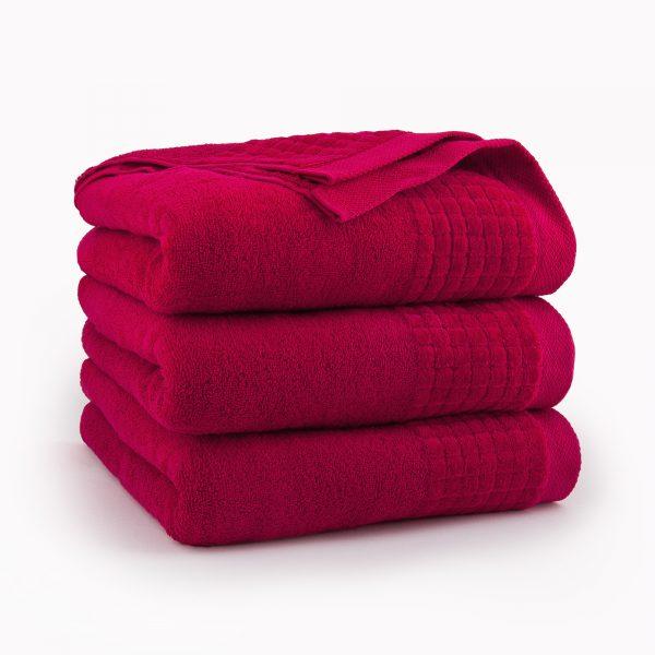 czerwony ręcznik z bawełny